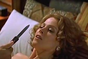 Sigourney Weaver Jennifer Love Hewitt In Heartbreakers 2001